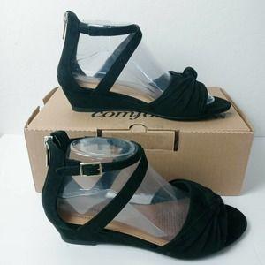 New Comfortview Austen Micro strappy dressy sandal